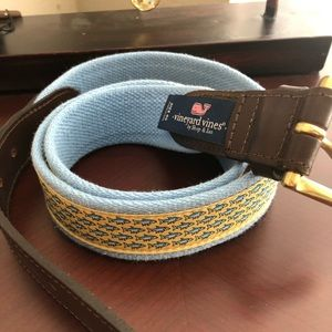 NWOT Vineyard Canvas Club Belt.